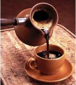 кофе из турки в чашку