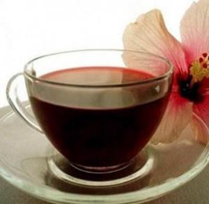 чай ройбос в чашке