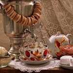 самовар с чашкой чая