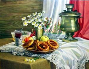 стол с самоваром, чаем и баранками