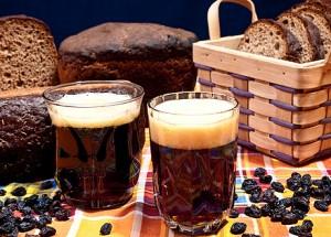 хлеб, квас, изюм