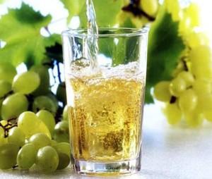 сок из светлого винограда