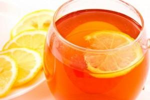 цитрусовый чай в бокале