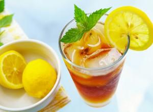 чай с лимоном и со льдом