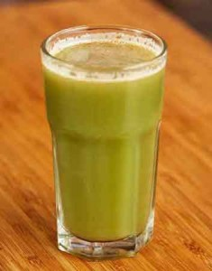 стакан с овощным соком