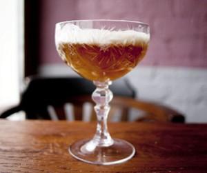 коктейль с ангостурой