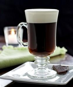 кофе со взбитыми сливками