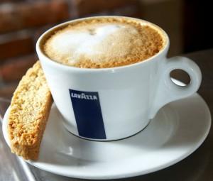 "чашка кофе ""Lavazza"""