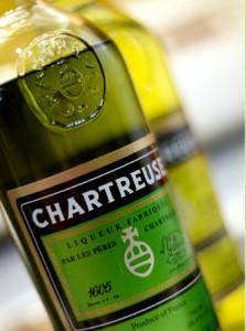 """бутылки с """"Шартрёзом"""""""