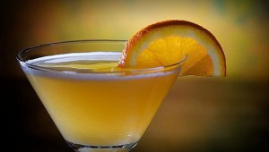 коктейль с бокале