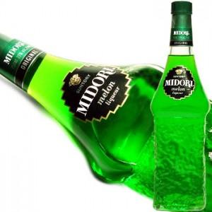 "Ликёр ""Мидори"" в бутылках"