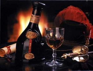 арманьяк в бутылке и бокале