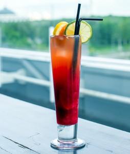 коктейль с маракуйей и арбузным соком