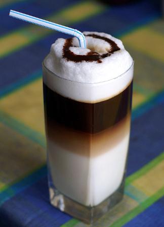 кофе гляссе с жидкой карамелью рецепт