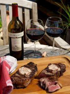 вино и мясо